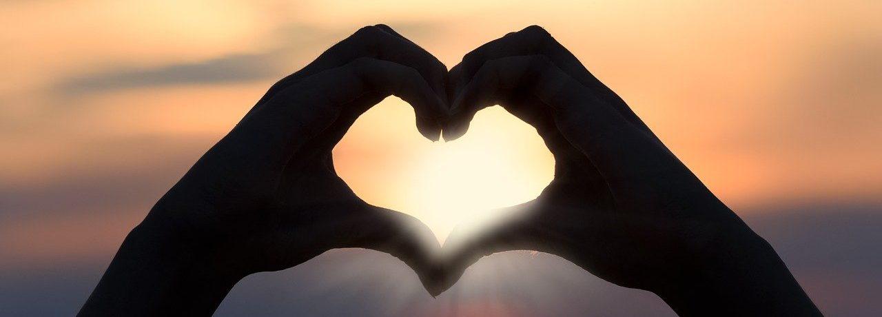 heart, love, sunset-3147976.jpg